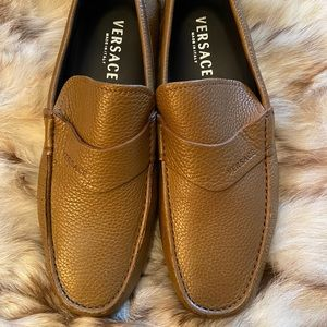 Versace loafer tan color size 41 (fits us 9-9.5)